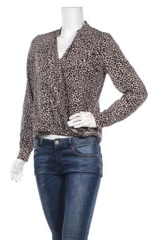 Γυναικεία μπλούζα Justfab, Μέγεθος S, Χρώμα  Μπέζ, 95% πολυεστέρας, 5% ελαστάνη, Τιμή 8,77€