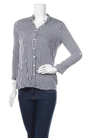 Дамска риза New Laviva, Размер M, Цвят Бял, 60% полиестер, 40% вискоза, Цена 12,25лв.