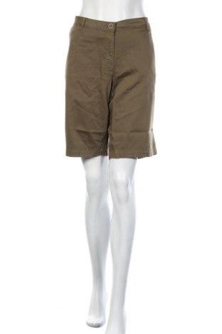 Дамски къс панталон Daniel Hechter, Размер XXL, Цвят Зелен, 98% памук, 2% еластан, Цена 64,40лв.