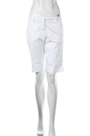 Дамски къс панталон Daniel Hechter, Размер S, Цвят Бял, 98% памук, 2% еластан, Цена 69,30лв.