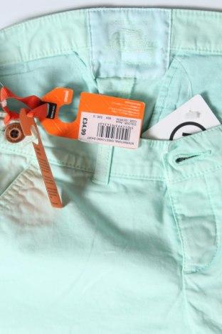 Γυναικείο κοντό παντελόνι Superdry, Μέγεθος S, Χρώμα Μπλέ, 98% βαμβάκι, 2% ελαστάνη, Τιμή 17,79€