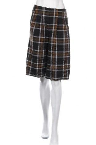 Pantaloni scurți de femei Vero Moda, Mărime S, Culoare Multicolor, 64% poliester, 34% viscoză, 2% elastan, Preț 40,30 Lei
