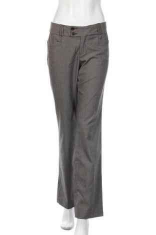 Дамски панталон Banana Republic, Размер M, Цвят Бежов, 64% полиестер, 34% вискоза, 2% еластан, Цена 13,73лв.
