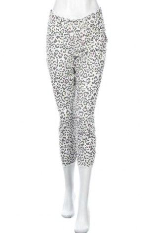 Γυναικείο παντελόνι Cambio, Μέγεθος L, Χρώμα Εκρού, 98% βαμβάκι, 2% ελαστάνη, Τιμή 5,14€