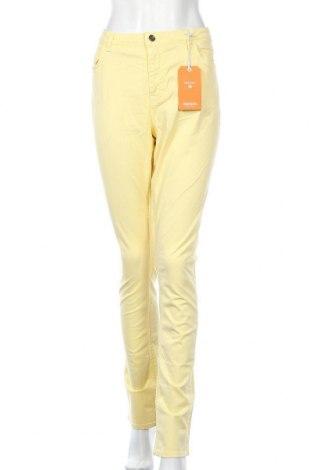 Γυναικείο παντελόνι Gant, Μέγεθος L, Χρώμα Κίτρινο, 97% βαμβάκι, 3% ελαστάνη, Τιμή 51,42€