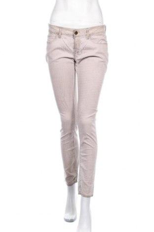 Дамски панталон Rich & Royal, Размер M, Цвят Бежов, 96% памук, 4% еластан, Цена 29,93лв.
