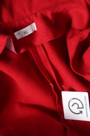 Дамско палто, Размер XL, Цвят Червен, 70% вълна, 20% полиестер, 10% кашмир, Цена 106,50лв.