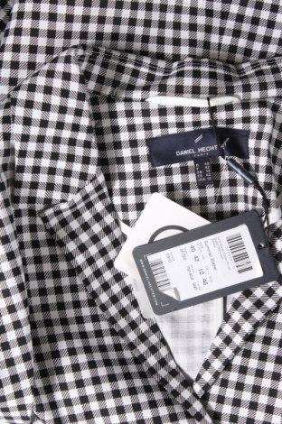 Дамско сако Daniel Hechter, Размер L, Цвят Бял, 97% памук, 3% еластан, Цена 27,03лв.