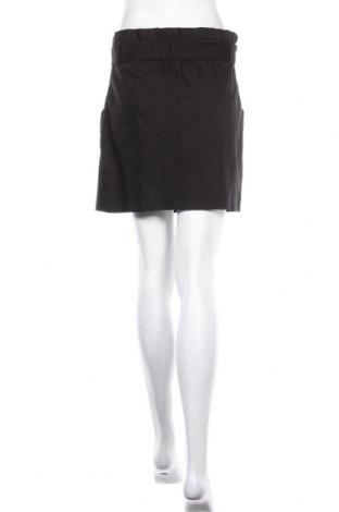 Пола Zara, Размер M, Цвят Черен, 52% памук, 45% полиестер, 3% еластан, Цена 11,36лв.