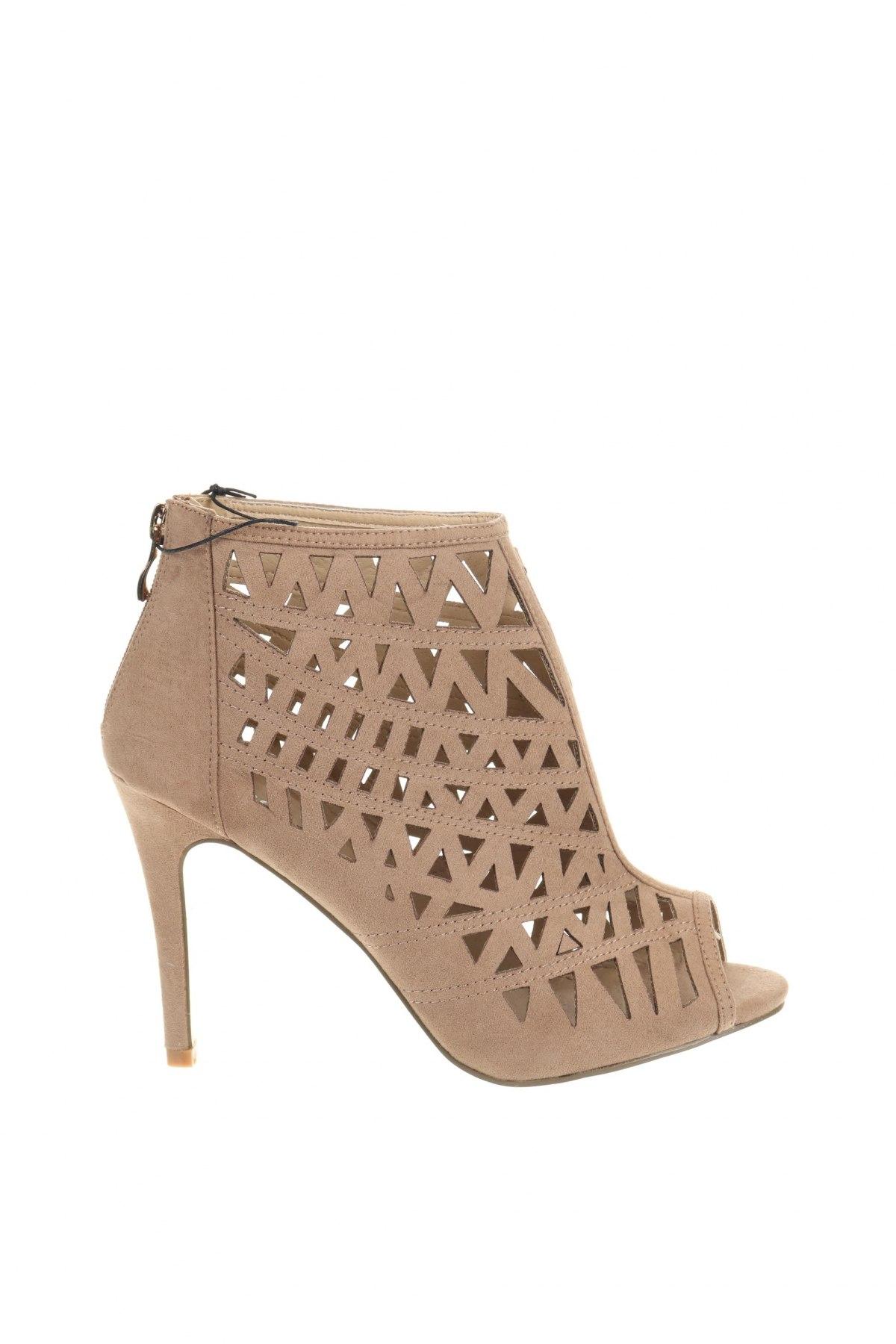 Γυναικεία παπούτσια Moa, Μέγεθος 40, Χρώμα  Μπέζ, Κλωστοϋφαντουργικά προϊόντα, Τιμή 12,47€