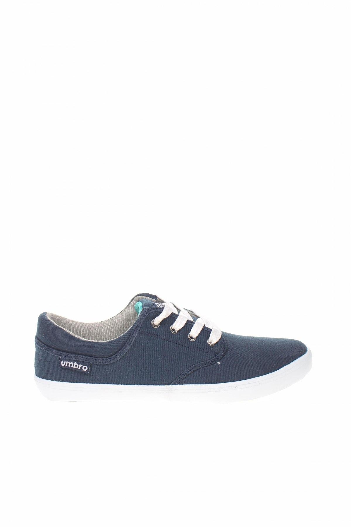 Παιδικά παπούτσια Umbro, Μέγεθος 38, Χρώμα Μπλέ, Κλωστοϋφαντουργικά προϊόντα, Τιμή 18,25€