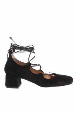 Γυναικεία παπούτσια Bruno Premi
