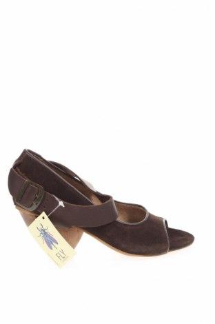 Дамски обувки Fly London