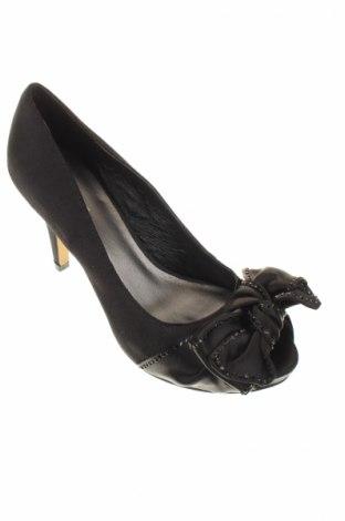 Дамски обувки Menbur