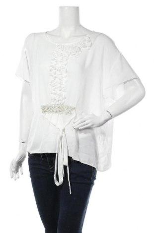 Дамска блуза La Mode Est A Vous, Размер L, Цвят Бял, Полиестер, Цена 27,30лв.