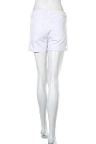 Pantaloni scurți de femei Vero Moda, Mărime L, Culoare Alb, 63% bumbac, 35% poliester, 2% elastan, Preț 34,48 Lei