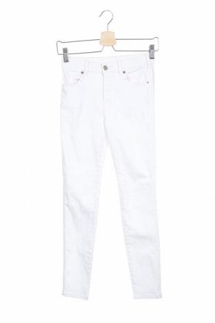 Дамски панталон Dr. Denim, Размер S, Цвят Бял, 98% памук, 2% еластан, Цена 32,86лв.