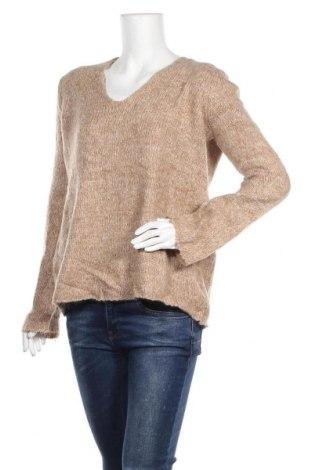 Дамски пуловер TINA, Размер S, Цвят Бежов, 49% полиамид, 24% акрил, 17% мохер, 10% вълна, Цена 7,56лв.