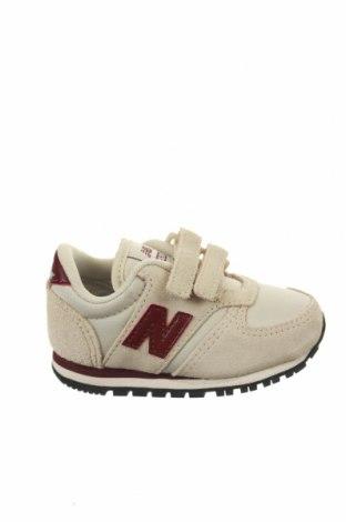 Детски обувки New Balance, Размер 20, Цвят Екрю, Естествен велур, текстил, Цена 53,40лв.