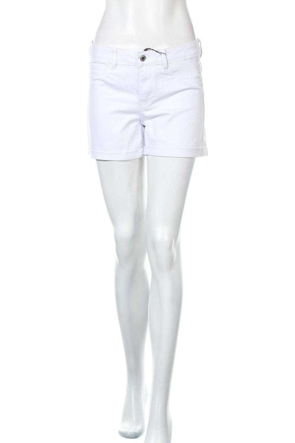 Pantaloni scurți de femei Vero Moda, Mărime M, Culoare Alb, 63% bumbac, 35% poliester, 2% elastan, Preț 34,48 Lei